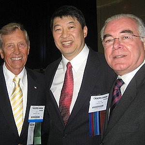 Guy Knolle (Texas, ex-Presidente da ASCRS), David Chang (California, ASCRS Binkhorst Lecture 2009), Miguel Padilha