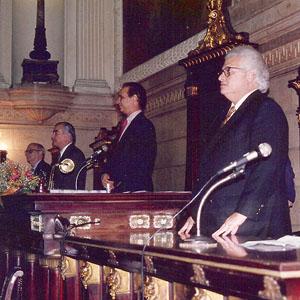 Mesa composta com Prof. Carlos Alberto Serpa e Prof. Rodolpho de Barros Correa
